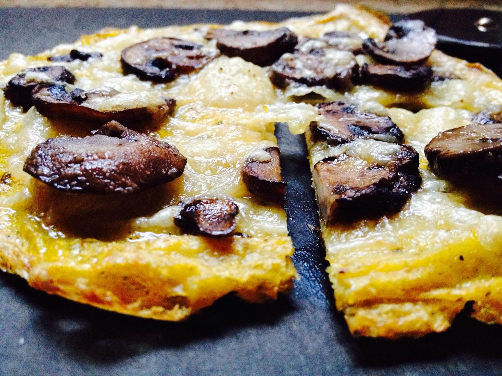 Mushroom Gruyere Polenta Pizza