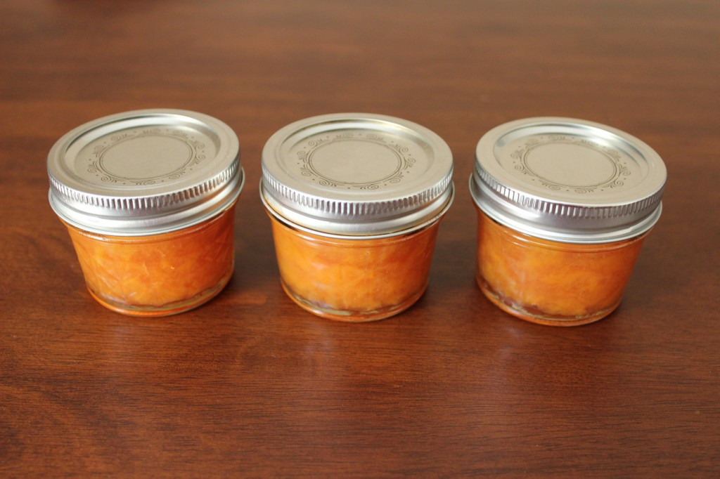 Peach jam in 3 jars