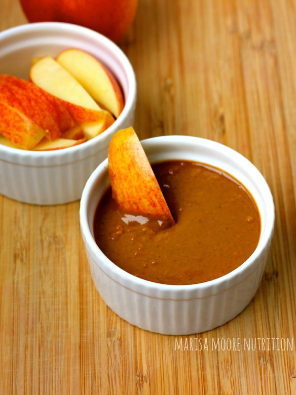 Chocolate Peanut Butter Dip with Apple marisamoore.com