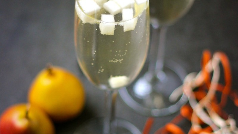 Pear Prosecco Cocktail Rosemary Roasted Delicata Squash Recipe Fig ...