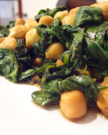 Spinach with Chickpeas on marisamoore.com