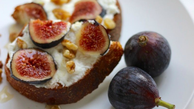 Fig Walnut Honey Toast on MarisaMoore.com
