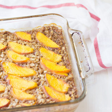 Baked Oatmeal with Peaches