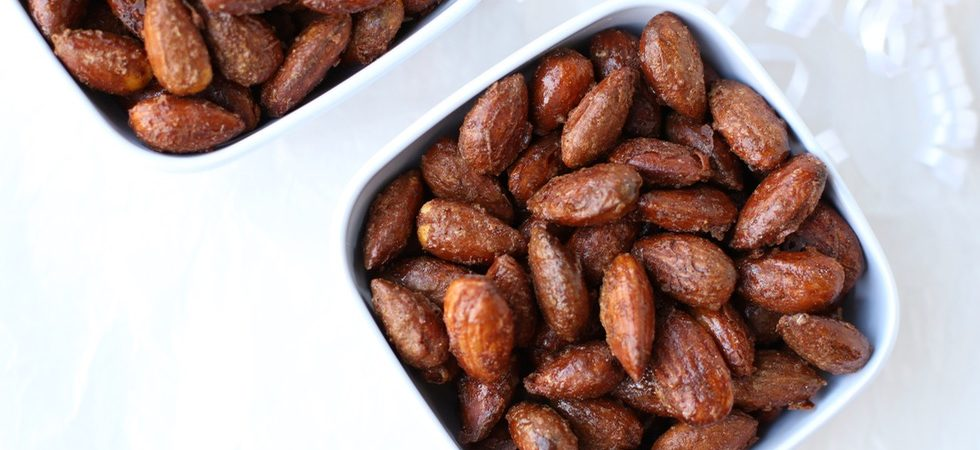Gingerbread Glazed Almonds