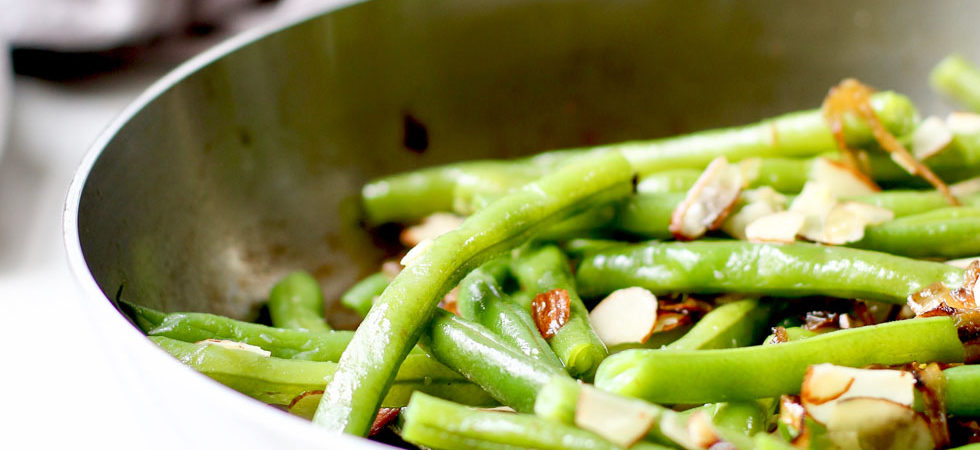 Green Beans Recipe in a Skillet