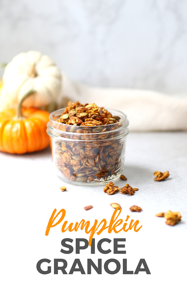 This easy homemade pumpkin spice granola includes pumpkin puree, pepitas, almonds, and pure maple syrup. It's the perfect fall granola recipe! #healthyfood #healthyrecipes #marisamoorenutrition #granola #pumpkinspice