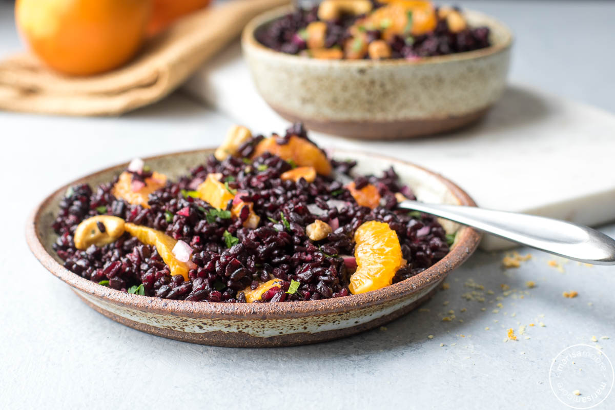 Black Rice Salad with Oranges and Cashews sideview