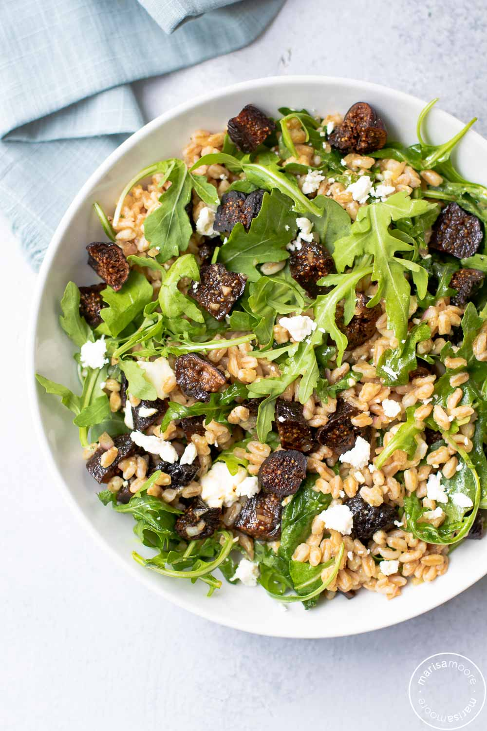 fig farro salad in bowl